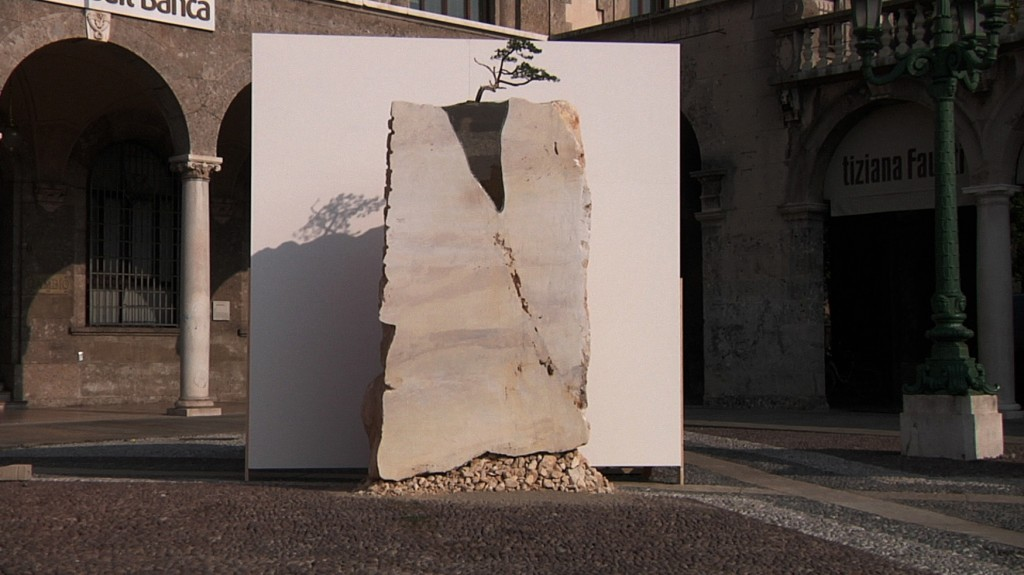 BERGAMO DEDICATES A MONUMENT TO THE WIND