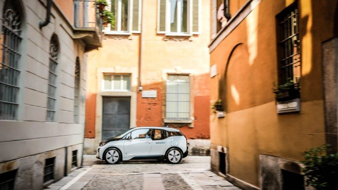 SURVEY DRIVENOW (BMW GROUP): ELECTRIC CARS THANKS, BUT RECHARGE POINTS...